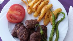 Izgara Köfte Tarifi | Köfte Izgara Nasıl Yapılır | Köfte Patates Tarifi | Kofte Tarifi