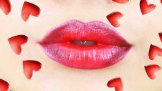 Kırmızı Ombre Dudak Makyajı Nasıl Yapılır?