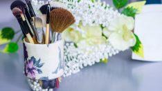 Makyaj Fırçalığı Yapımı – Kendin Yap (DIY)