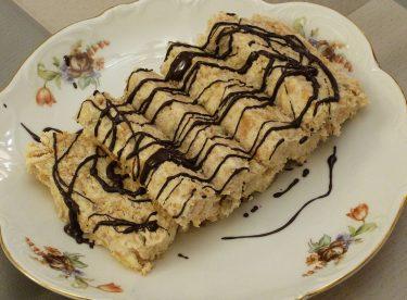 Muzlu Piramit Pasta Tarifi | Bisküvili Pasta Nasıl Yapılır | Tatlı Tarifleri