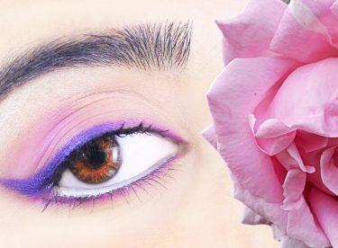 Pembe ve Mor Göz Makyajı Nasıl Yapılır?