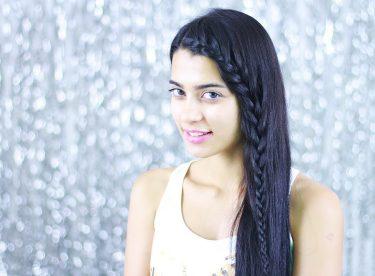 Uzun Saçlar İçin Açık Saç Modeli – Ön Örgü Saç Modeli