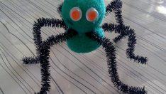 Tüylü Tel ile Sevimli Örümcek Yapımı – Okul Öncesi