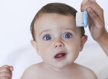 Bebeğiniz İçin Saç Bakım