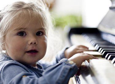 Bebeklerde Erken Gelişim