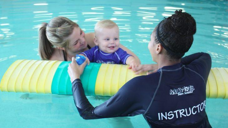 Yüzmeyi Öğrenen Bebekler