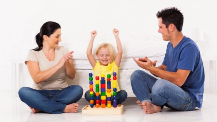 Basit Oyunlarla Çocuğunuzda Zeka Gelişimine Desek Olun
