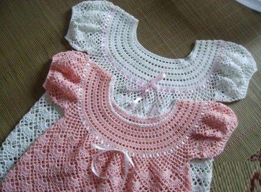 dbd1e4de8acbe Tığ İşi Bebek Elbise Modeli