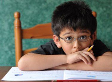 Ödev Yapmak İstemeyen Çocuğa Nasıl Davranmalı?