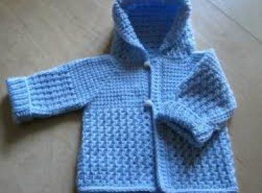 Düğmeli Ve Kapüşonlu Bebek Hırka Modelleri