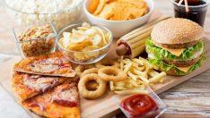 Selülit Oluşumuna Neden Olan Yiyecekler