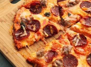 Kolay Harika Pizza Tarifi