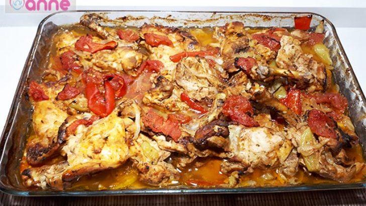 Fırında Soslu Sebzeli Tavuk Pirzola Tarifi