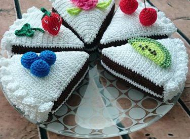 Örgü ile yapılan harika pasta modelleri