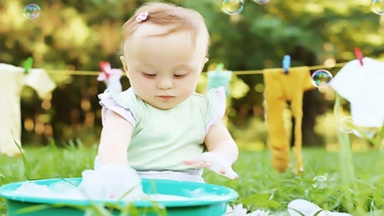 Bebek Kıyafetleri Nasıl Yıkanmalıdır?