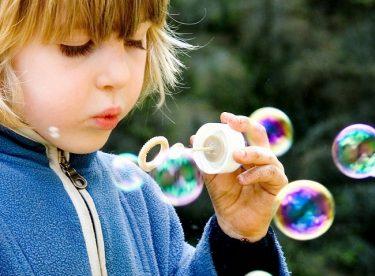 Çocuklarla Yaşanan Kıyafet Sorunu Nasıl Çözülür?
