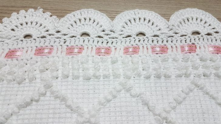 Bebek battaniyesi kenar tığ oyası yapımı