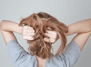 Saç Derisinde Sivilce Neden Oluşur?