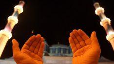 Arefe Günü Duaları ve Zikirleri