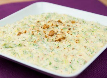 Yoğurtlu Kabak Havuç Salatası Tarifi