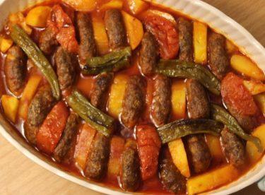 İzmir Köfte Yemeği Tarifi