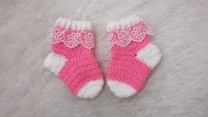 Yeni doğan çorap yapımı