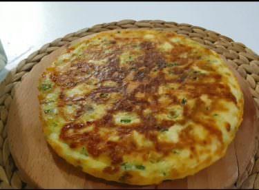 Tavada pişirilen kahvaltılık tarifi