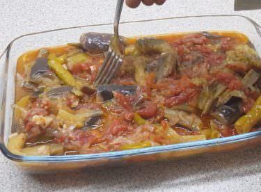 Zeytinyağlı Patlıcan Bastı Tarifi