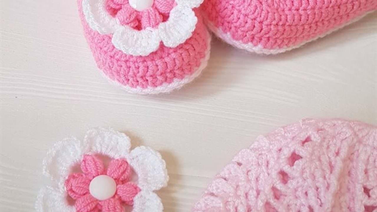 Tığ İşi Çiçek Yapımı Şapka, Patik, Yelek Süslemesi