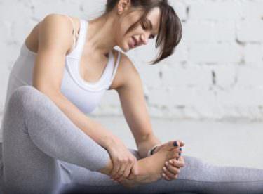 Ayak Altı Ağrısı Neden Olur? Ayak Ağrısı Nasıl Geçer?