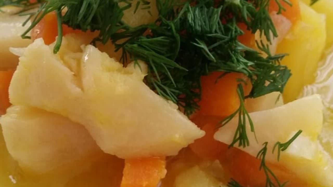 Mandalina sulu zeytinyağlı kereviz yemeği tarifi