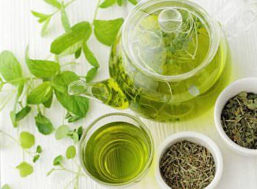 Yeşil Çay Ne Zaman İçilir? Yeşil Çayın Yan Etkisi Var mı?