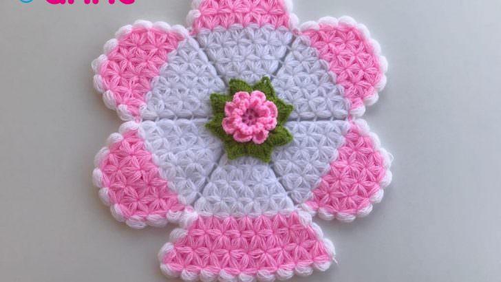 Puf çiçekli yuvarlak lif yapılışı