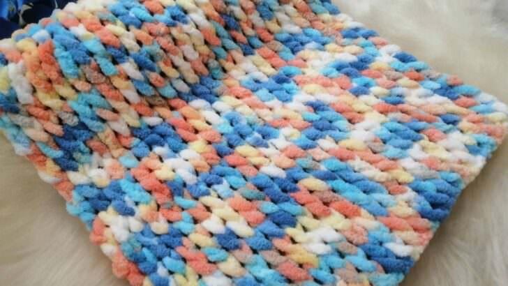 Şiş ve tığ kullanmadan bebek battaniyesi yapımı